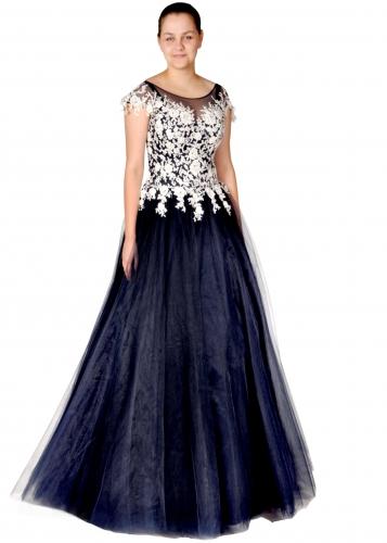 8b61b43193ec Maturitní společenské šaty    Ambiente mode